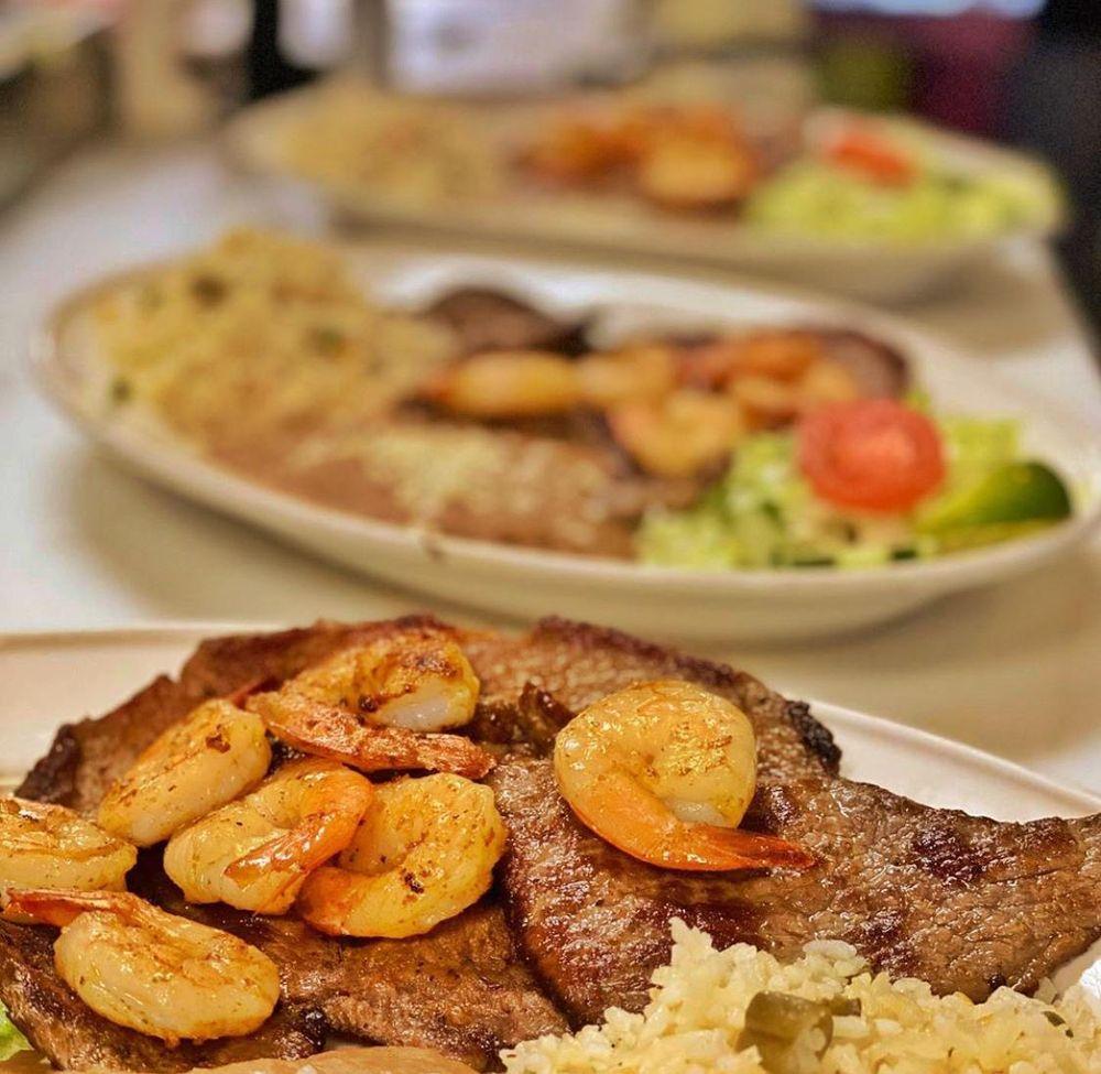 Taco Rio Mexican Kitchen: 707 S Semoran Blvd, Orlando, FL