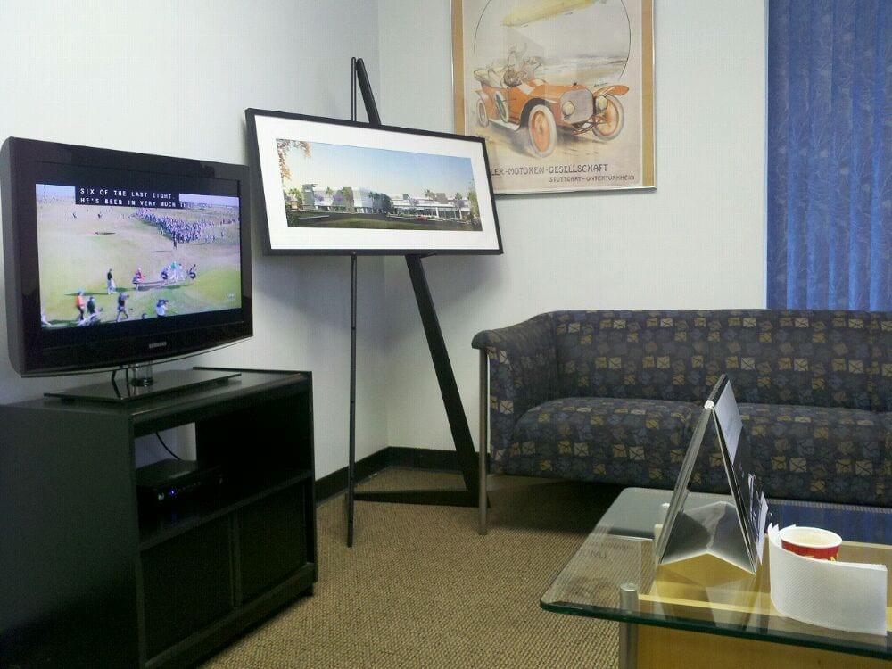 Waiting room yelp for Calstar motors glendale ca