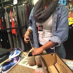 0ef7f31e8a Vans Outlet - Shoe Stores - 4973 International Dr