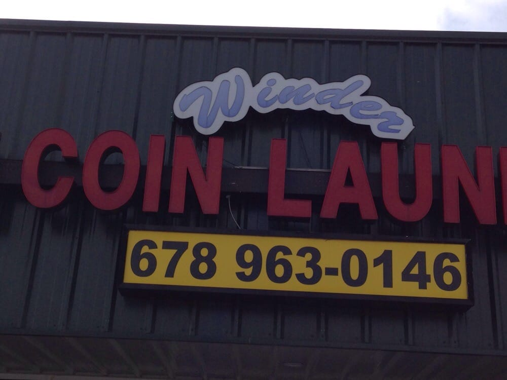 Winder Coin Laundry: 138 W May St, Winder, GA