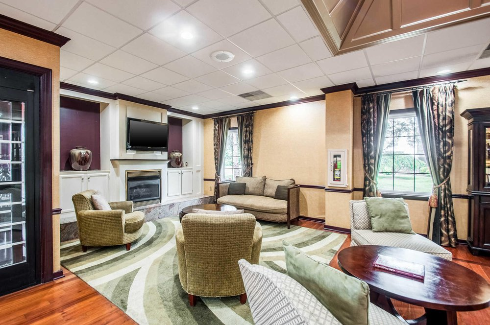 Clarion Inn & Conference Center Leesburg: 1500 East Market St, Leesburg, VA