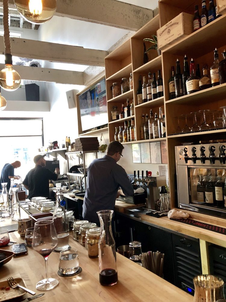 Ripple Wine Bar: 4 W Pike St, Covington, KY