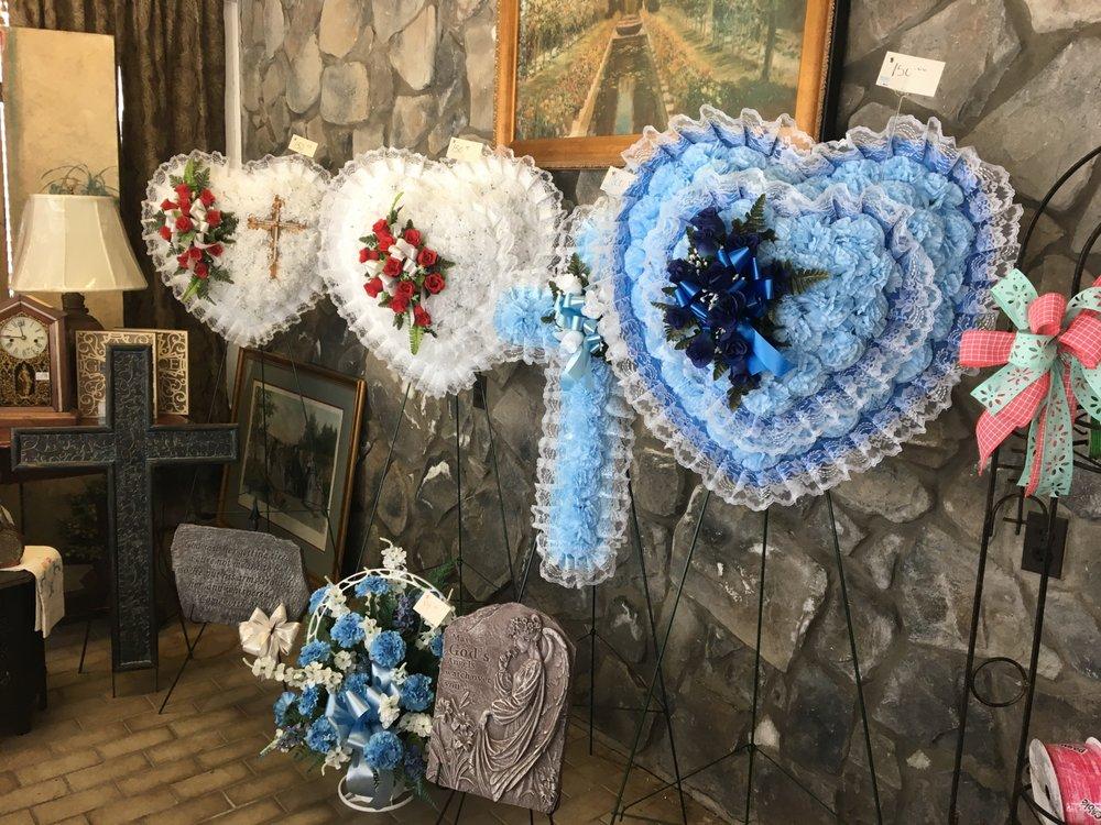 Drummond's Florist & Gifts: 3689 Dortches Blvd, Rocky Mount, NC