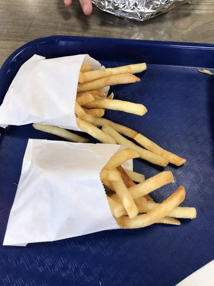 Bike's Burgers & Ice Cream: 24 N 130th St, Bonner Springs, KS