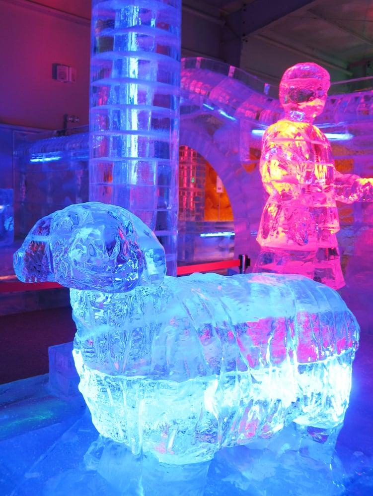 2degree Ice Art