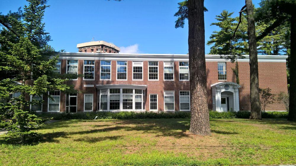 Bowdoin College: 4000 College St, Brunswick, ME