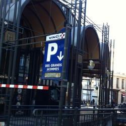vinci park services parking place des grands hommes h tel de ville quinconces bordeaux. Black Bedroom Furniture Sets. Home Design Ideas