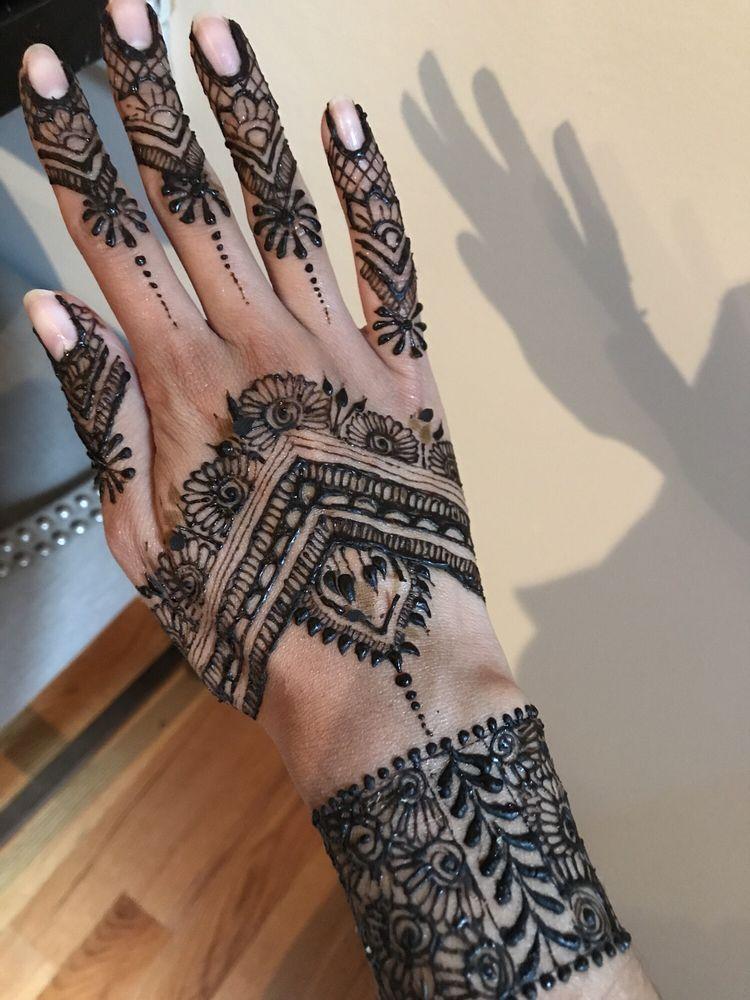 Henna By Semanti: 31-45 Crescent St, New York, NY