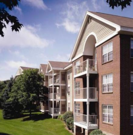 Meridian Pointe Apartment Homes 14 Photos Apartments 51 Mcandrews Rd W Burnsville Mn