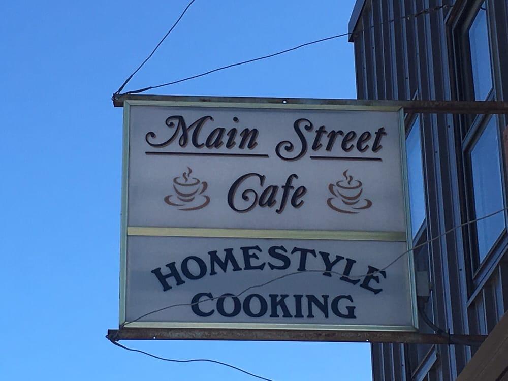 Main Street Cafe: 118 Main Ave N, Thief River Falls, MN