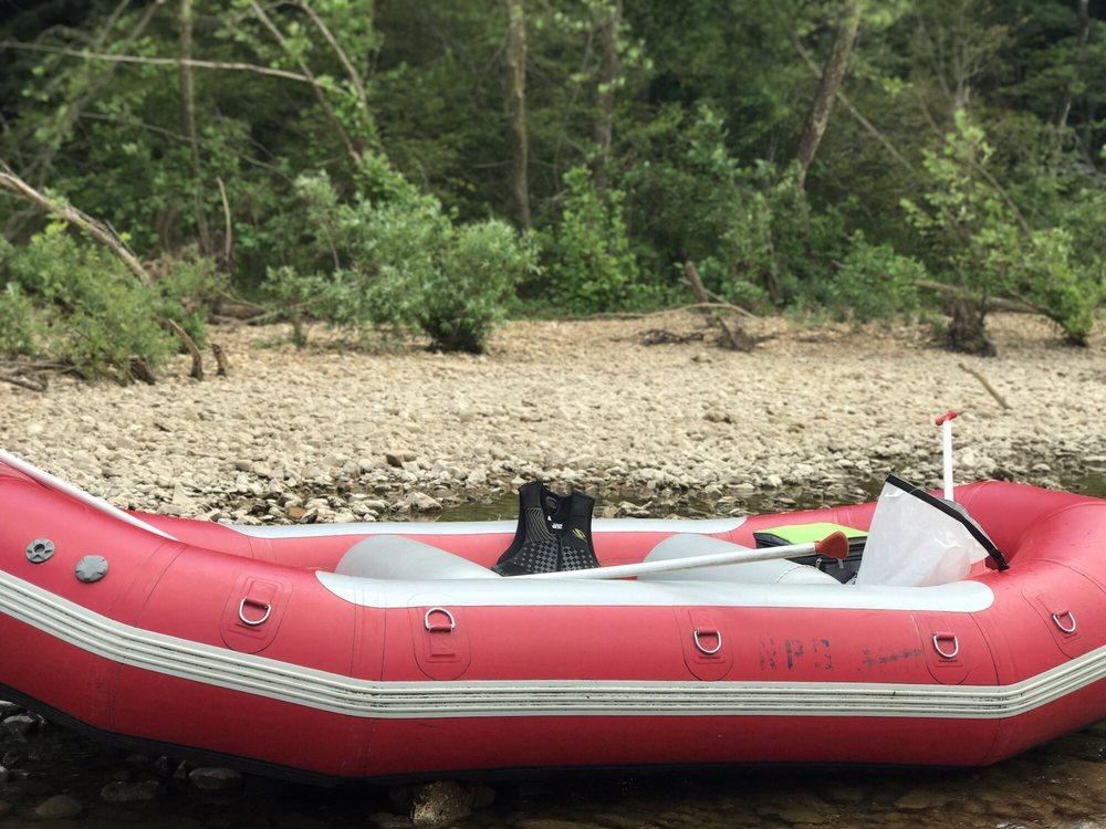 Windy's Canoe Rentals: 513 N Main St, Eminence, MO