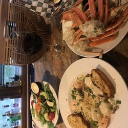 2 Good Winds Seafood And Wine Bar