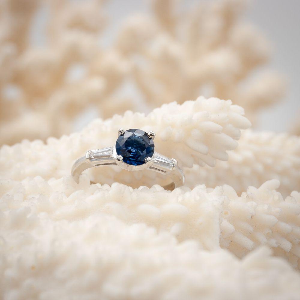 Aurum Jewelers: 487 Elmwood Ave, Buffalo, NY