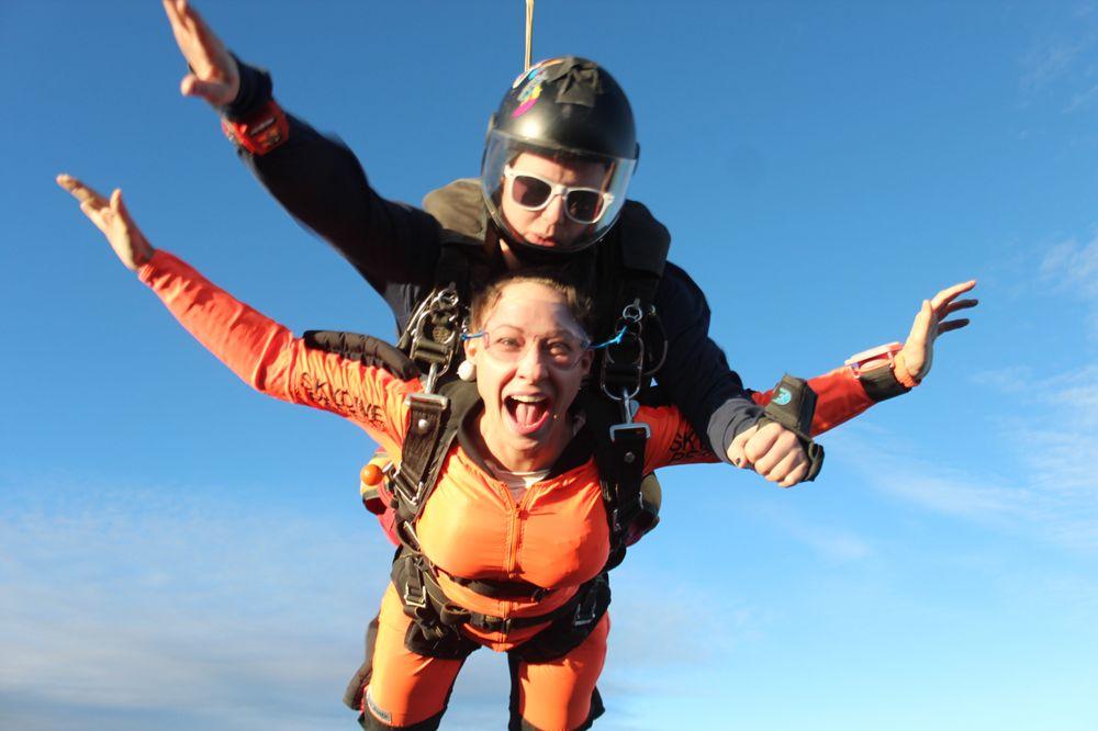 89c182cb Skydive Perris - 338 Photos & 410 Reviews - Skydiving - 2091 Goetz ...