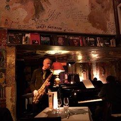 chez papa jazz club 29 photos 37 reviews jazz blues 3 rue saint beno t saint germain. Black Bedroom Furniture Sets. Home Design Ideas