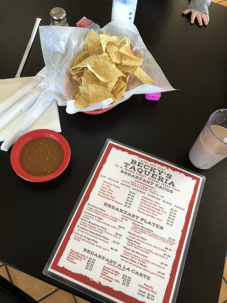 Becky's Taqueria and Catering: 921 W Brown St, Hearne, TX