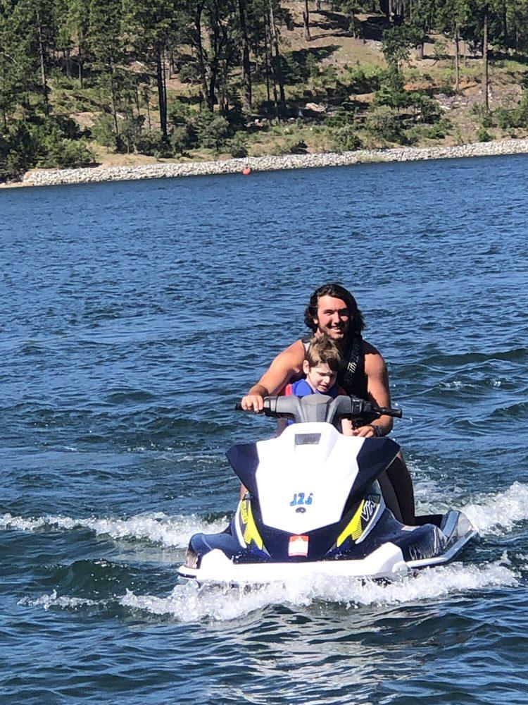 Bass Lake Water Sports & Boat Rentals: 54406 Rd 432, Bass Lake, CA