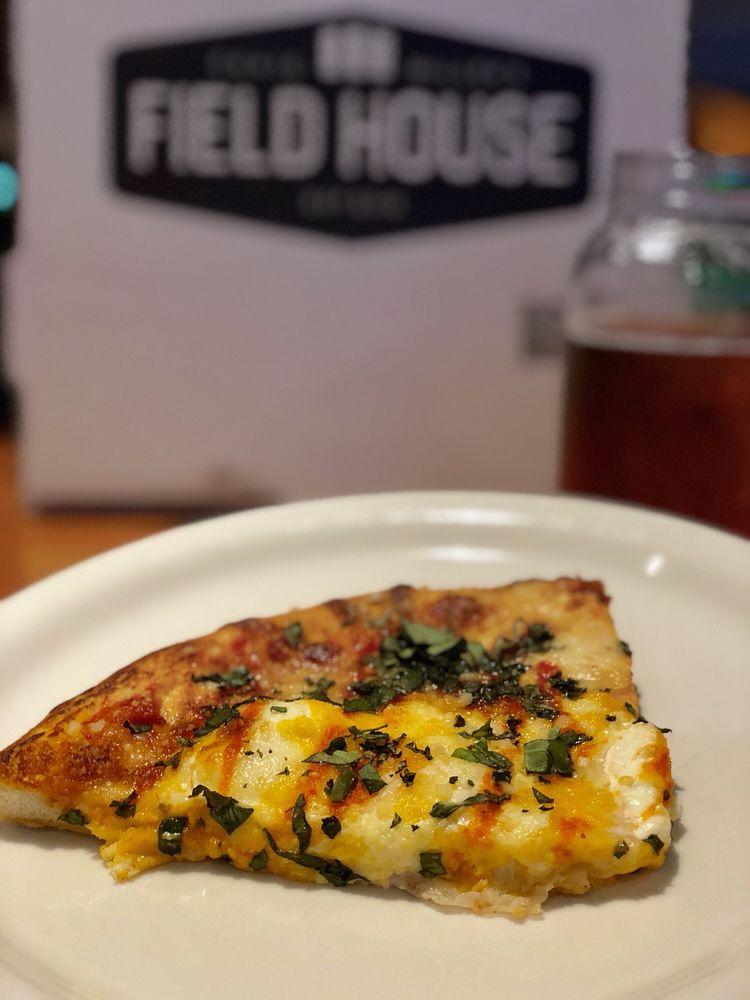 Craig Miller's Field House Best Sports Bar & Restaurant: 7958 Via Dellagio Way, Orlando, FL