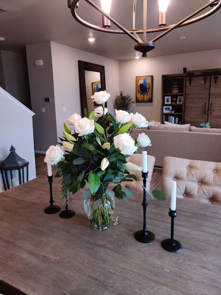 Bouquet Boutique: 290 Nickel St, Broomfield, CO