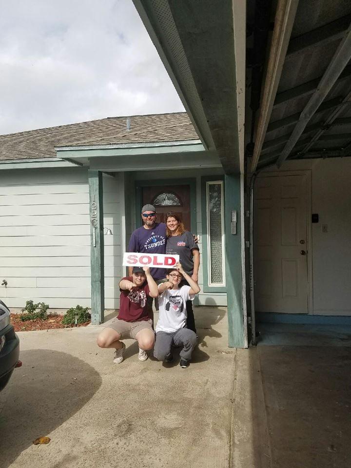 Saundra Griswold - TexStar Realty: Portland, TX