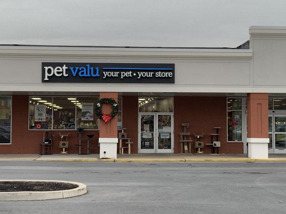 Pet Valu: 644 E Main St, Waynesboro, PA
