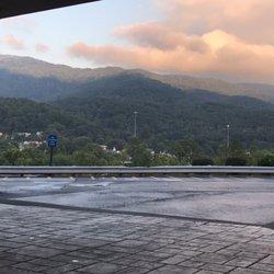 Photo Of Hampton Inn Caryville Tn United States Morning Daybreak From Rocking