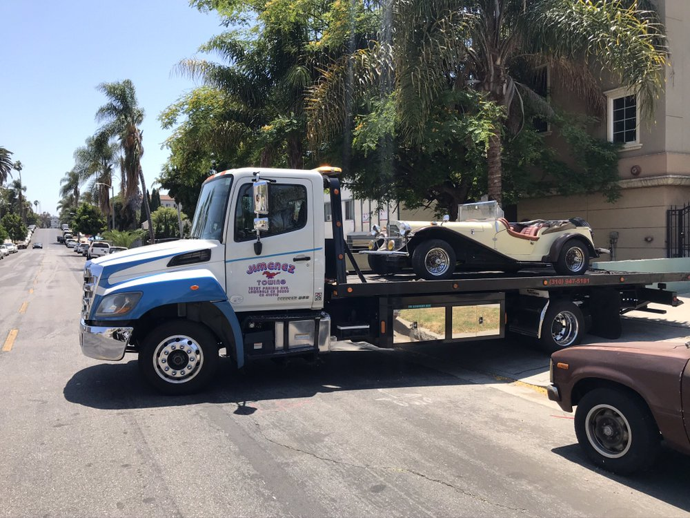 Towing business in Hermosa Beach, CA
