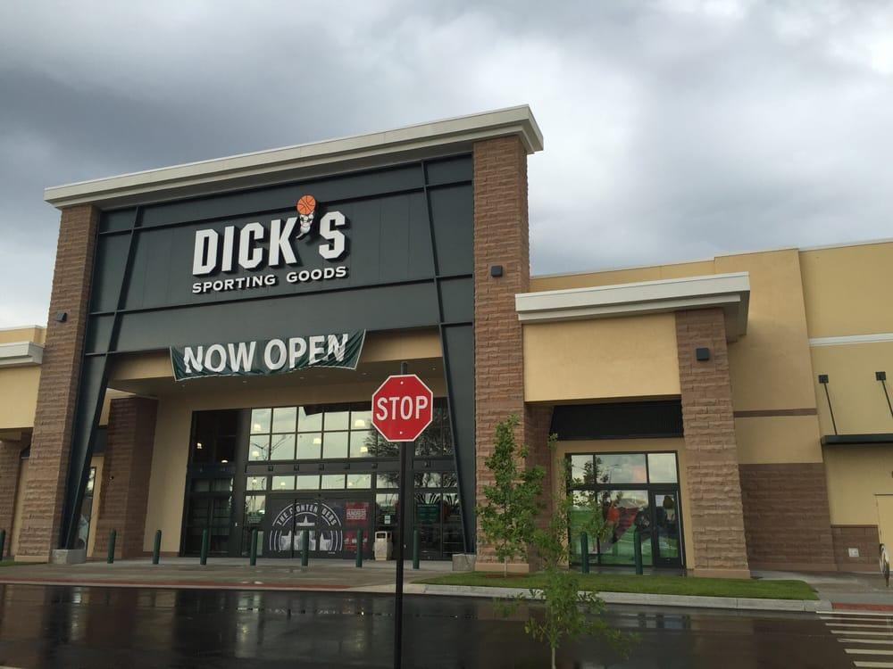 DICK'S Sporting Goods: 3964 Plaza Blvd, Gainesville, FL