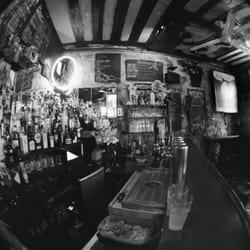 Stolly's - Paris, France. The best little bar in Paris.