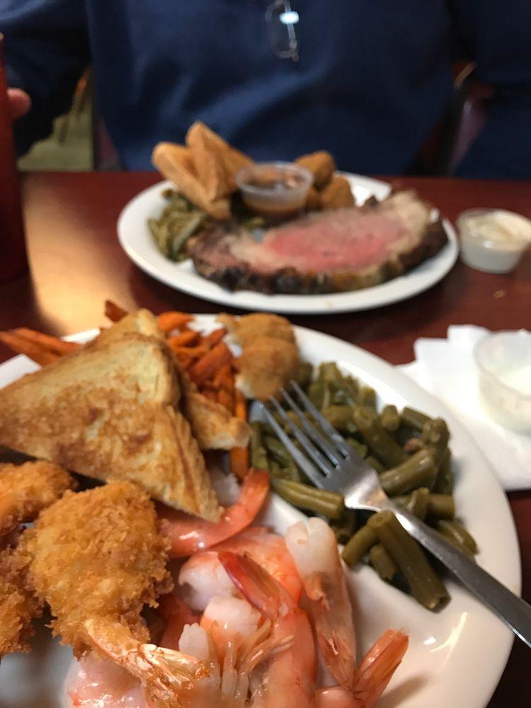 Katarina's Homestyle Cafe: 208 College St, Pilot Grove, MO