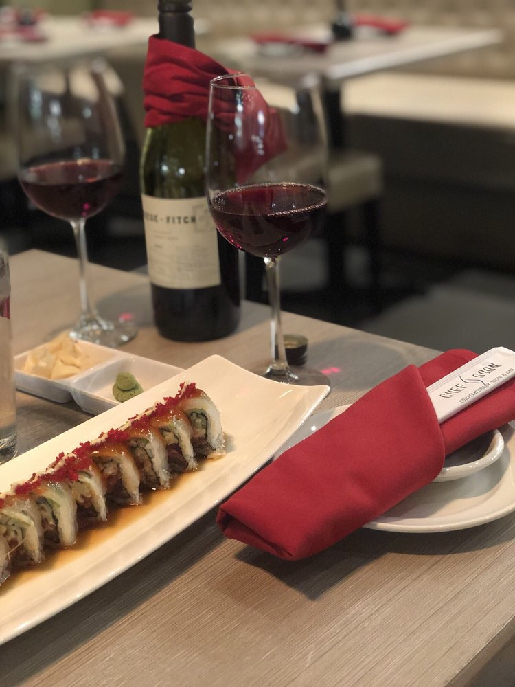 Chef Soon Contemporary Sushi: 6430 Main St, Woodridge, IL
