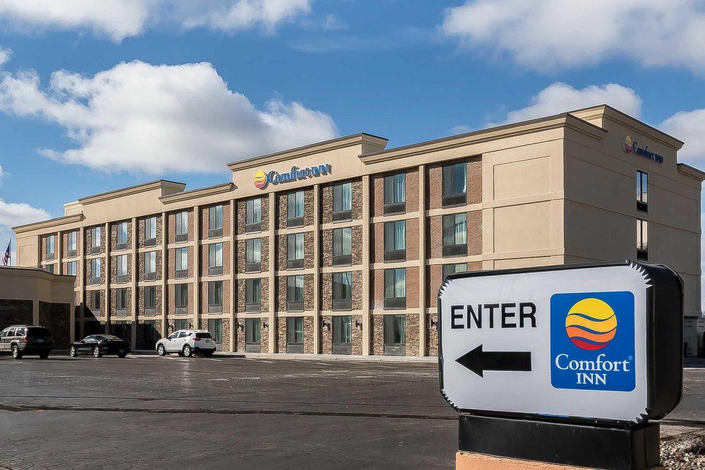 Comfort Inn Bay City - Riverfront: 501 Saginaw St, Bay City, MI