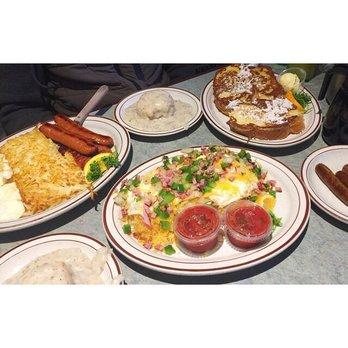 Photo Of Magnolias Restaurant Saint Paul Mn United States