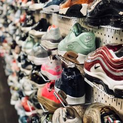 7e1d11142a05a Stadium Goods Market Center - Shoe Stores - 305 Canal St