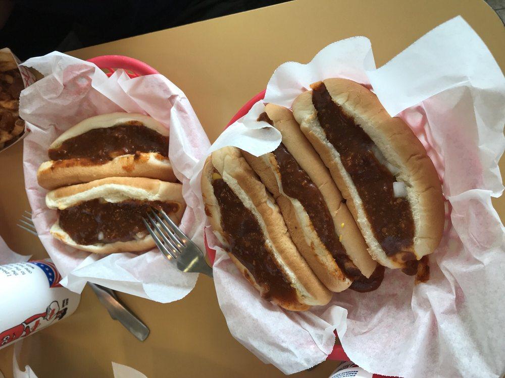 Brighton Hot Dog Shoppe: 730 Ohio River Blvd, Rochester, PA