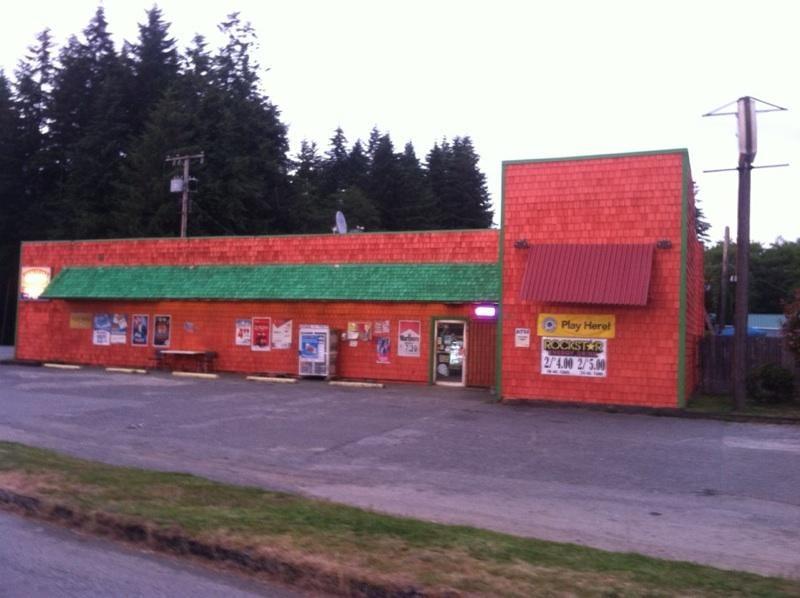 Northshore Grocery: 6384 US Hwy 101, Amanda Park, WA