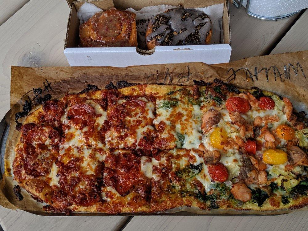 Slim & Husky's Pizza Beeria: 1016 Howell Mill Rd, Atlanta, GA