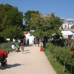 Jardin Catherine Laboure 17 Photos Parks 29 Rue De Babylone