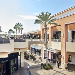 Welcome To Fashion Valley - A Shopping Center In San Diego 29