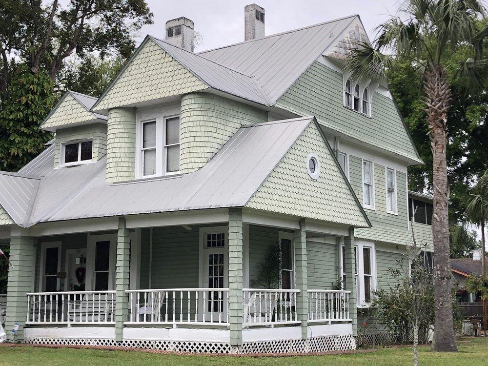 Benjamin Franklin Holland House: 590 East Stanford St, Bartow, FL