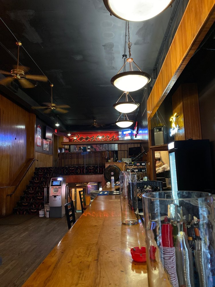 Rooster's Blues Bar: 801 Garrison Ave, Fort Smith, AR