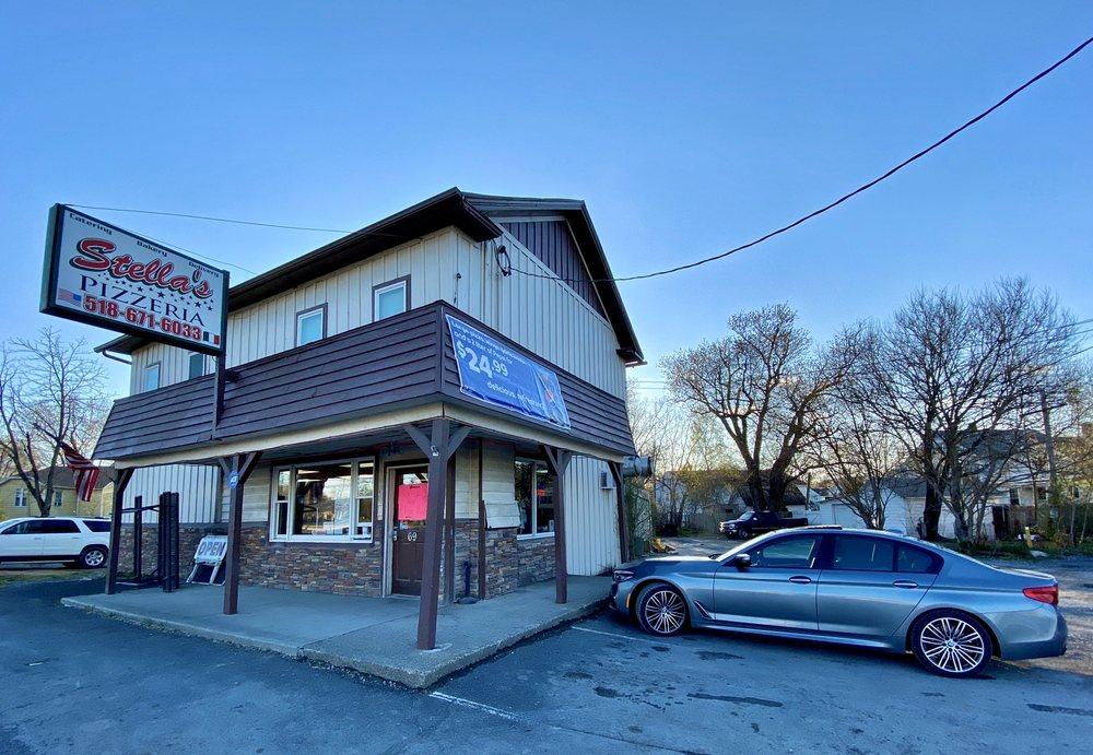 Stella's Pizzeria: 69 Fairview Ave, Hudson, NY