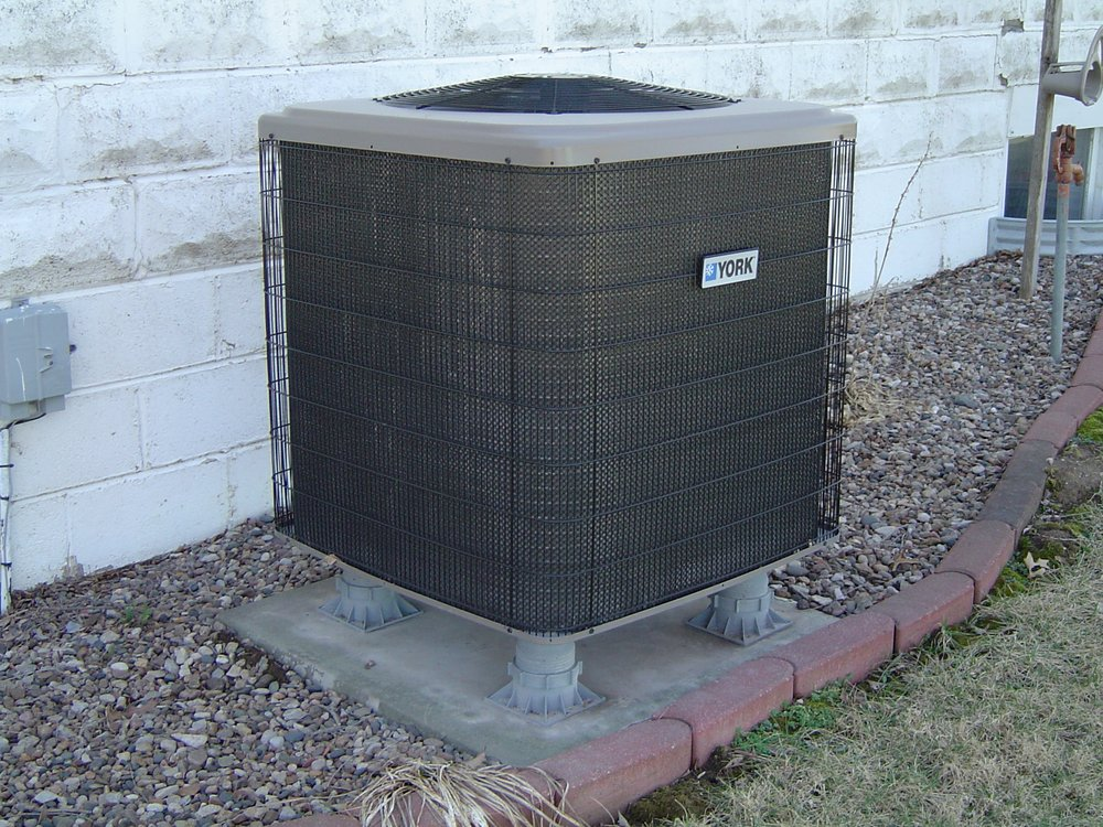 Schomburg Heating & Cooling: 110 Illinois Ave, Saint Joseph, MO