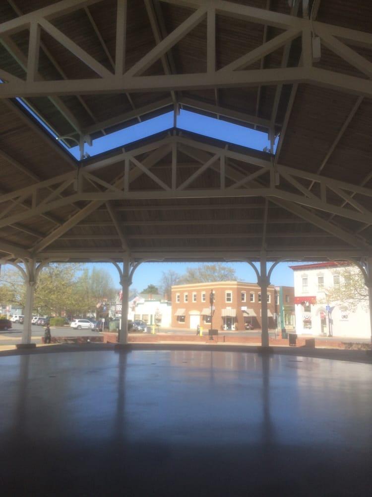 The Harris Pavilion: 9201 Center St, Manassas, VA