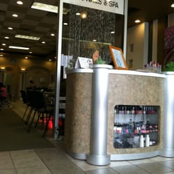 Lee Nails Salon