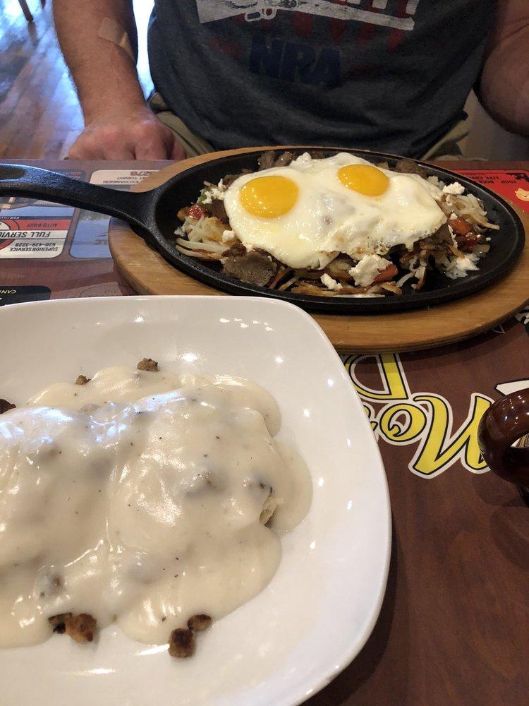 Norma's Diner: 126 S Kansas Ave, Columbus, KS