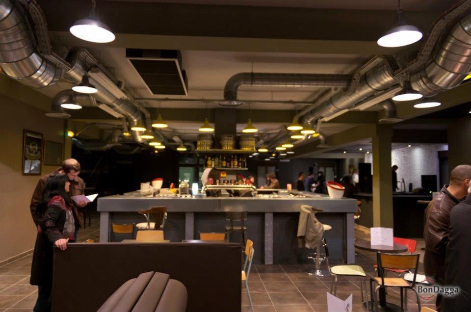 Le bar central yelp - Bar le central ...