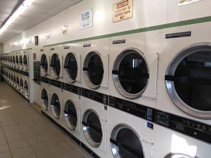 Cider House Laundry: 615 1st Corso, Nebraska City, NE