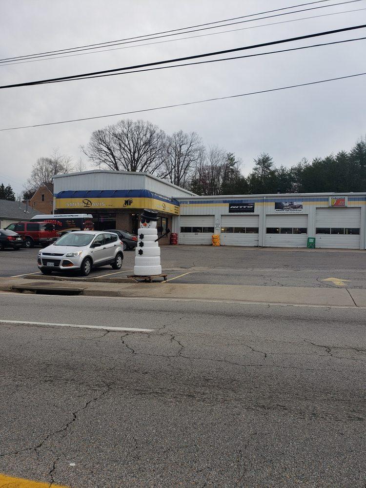 Towing business in Danville, VA