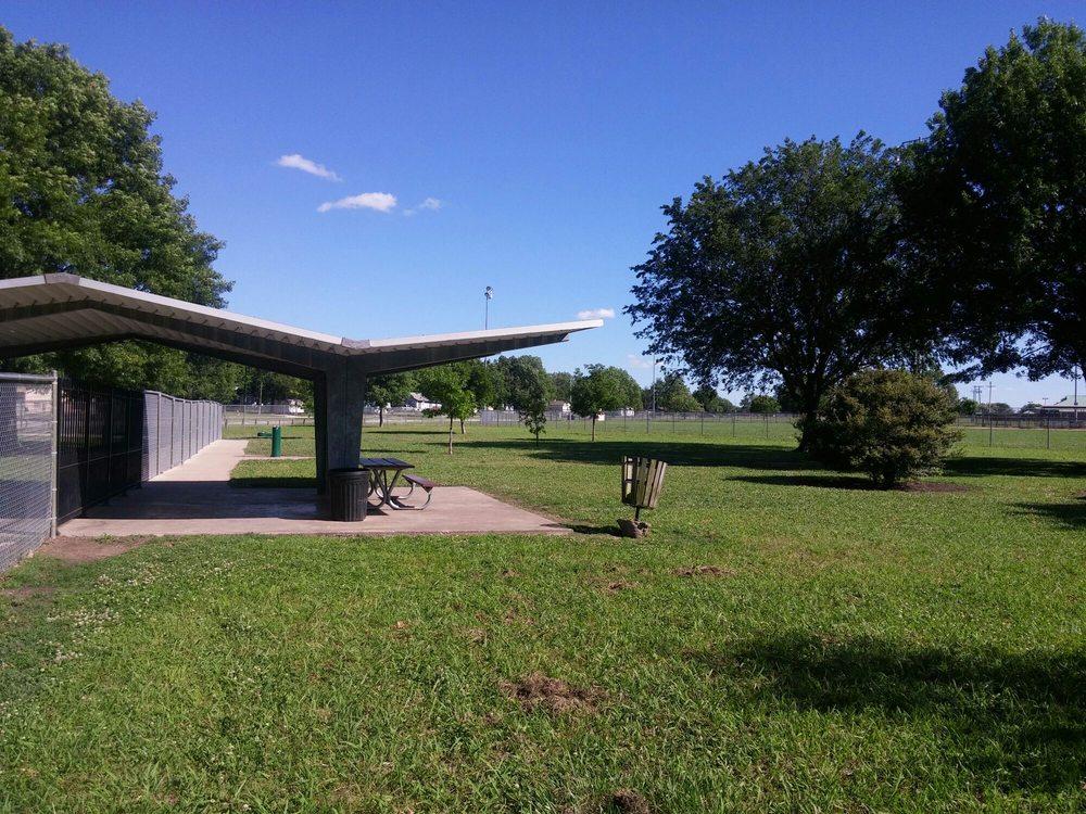 Ada Dog Park: 599 S Hickory Ave, Ada, OK